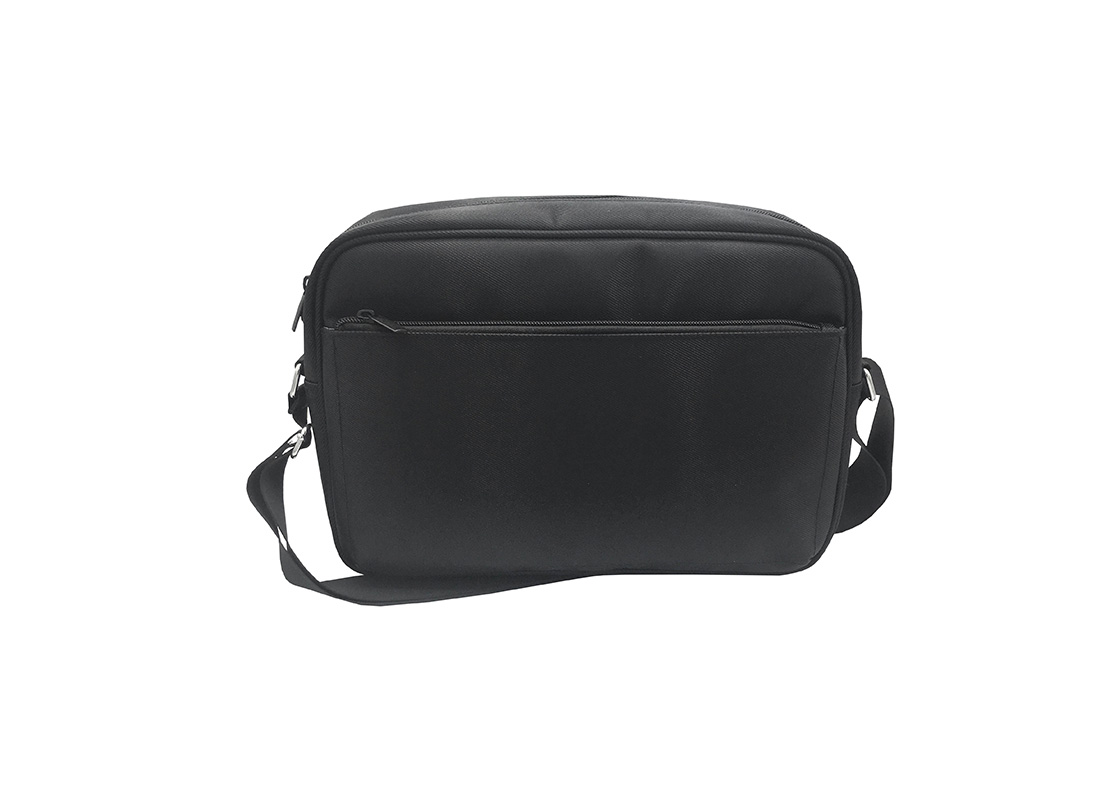 Men Messenger bag in black front