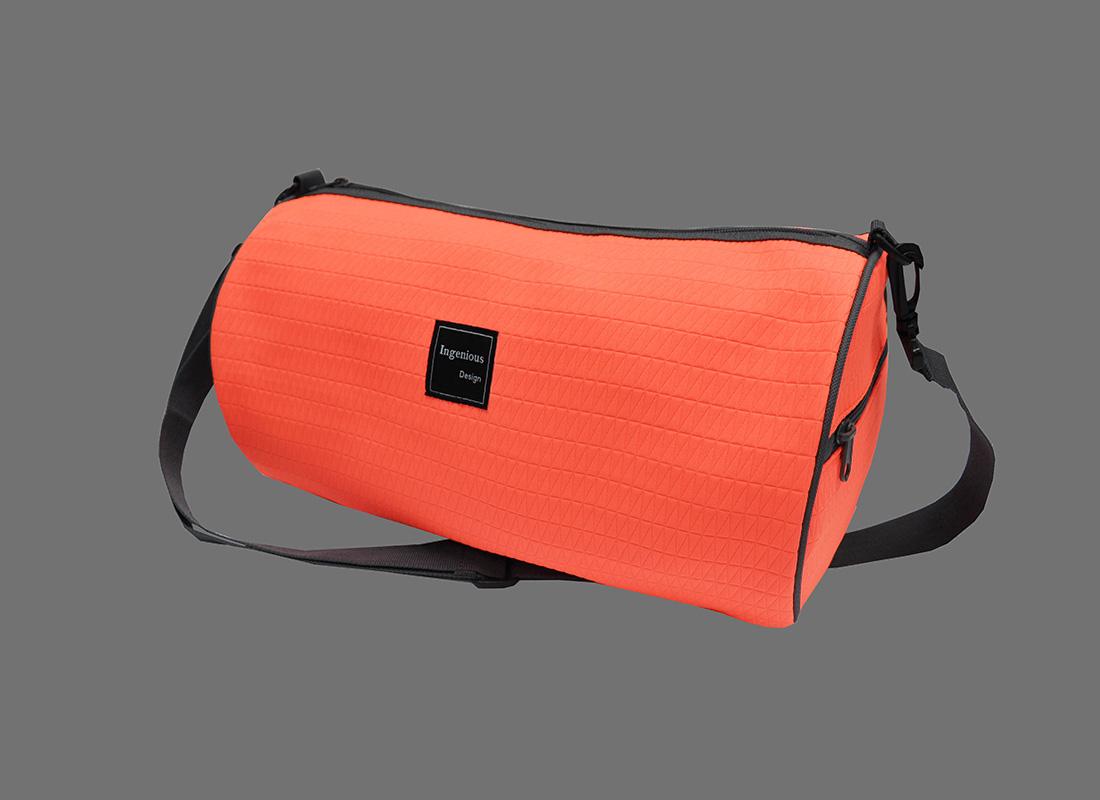 Neon duffle bag in Neon Orange R side