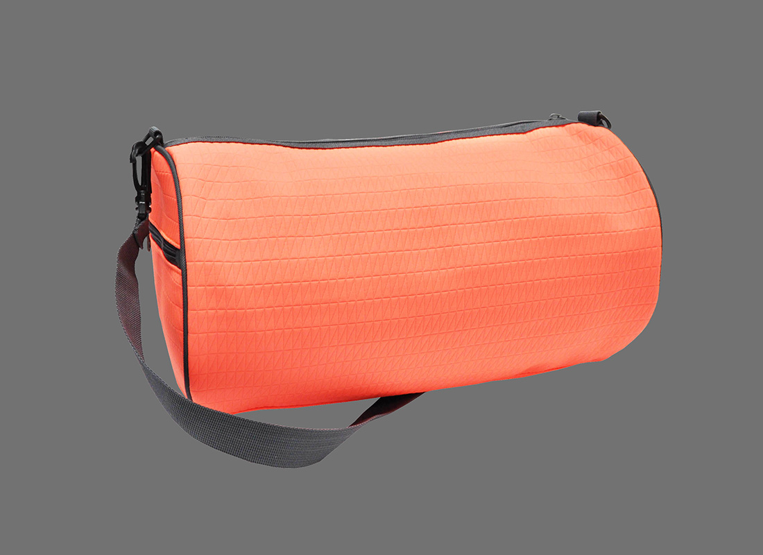 Neon duffle bag in neon orange L back
