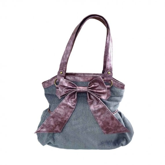 handbag with bow