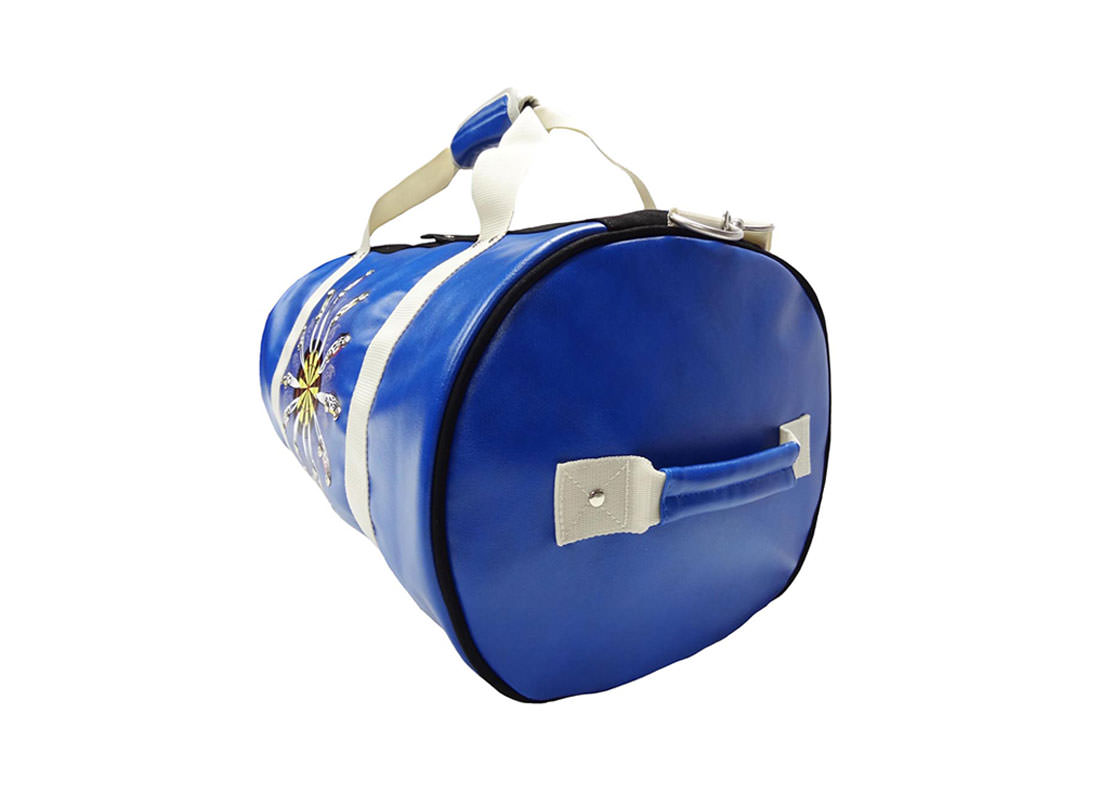 Large duffel bag with car-knife printing r side