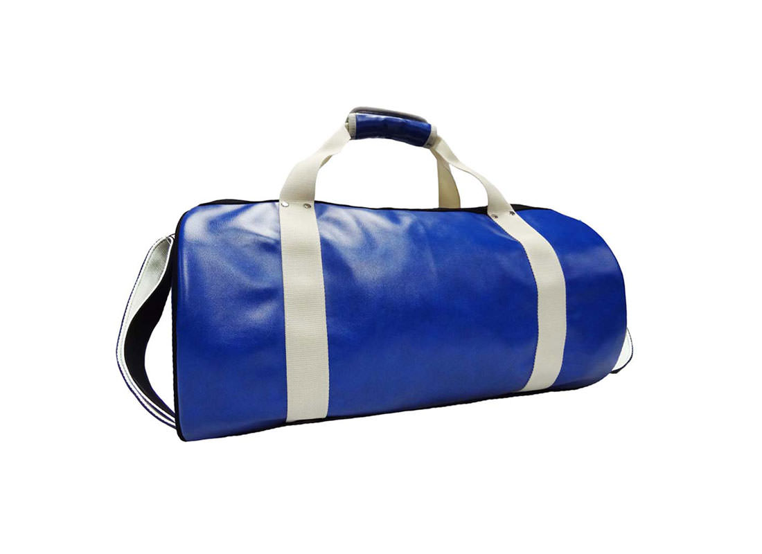 large duffel bag with car-knife printing back