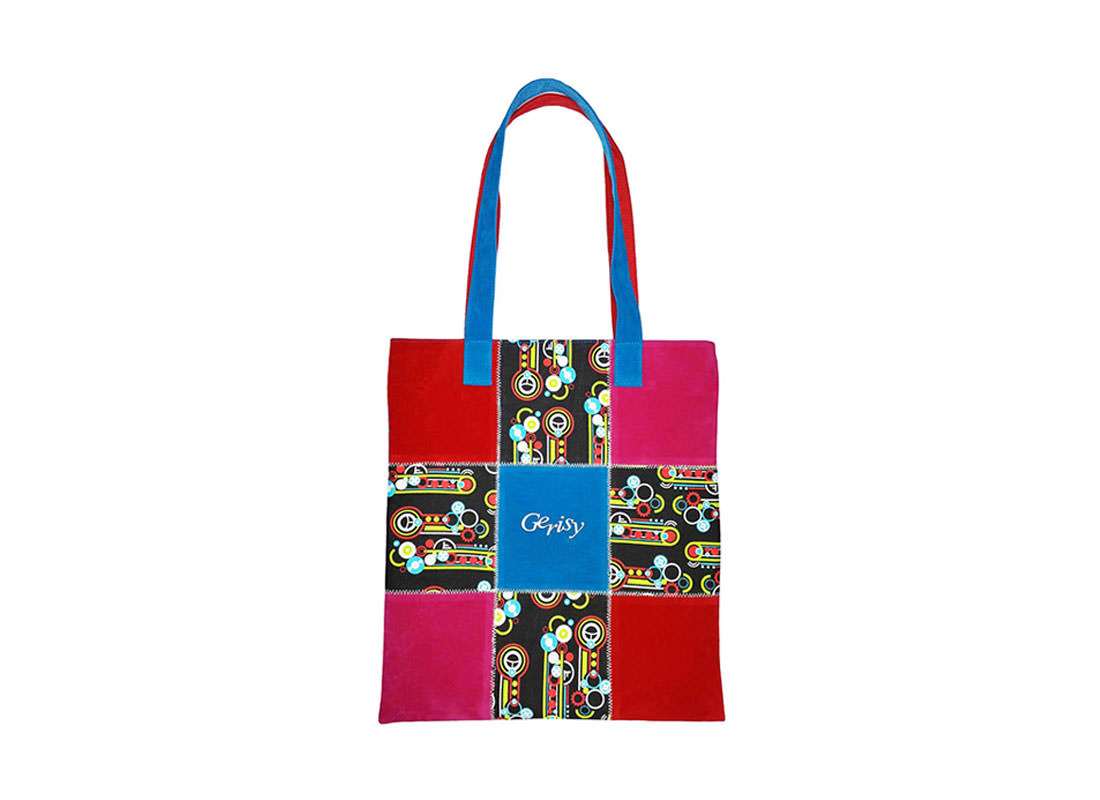 Simple Shopping bag in Red Color