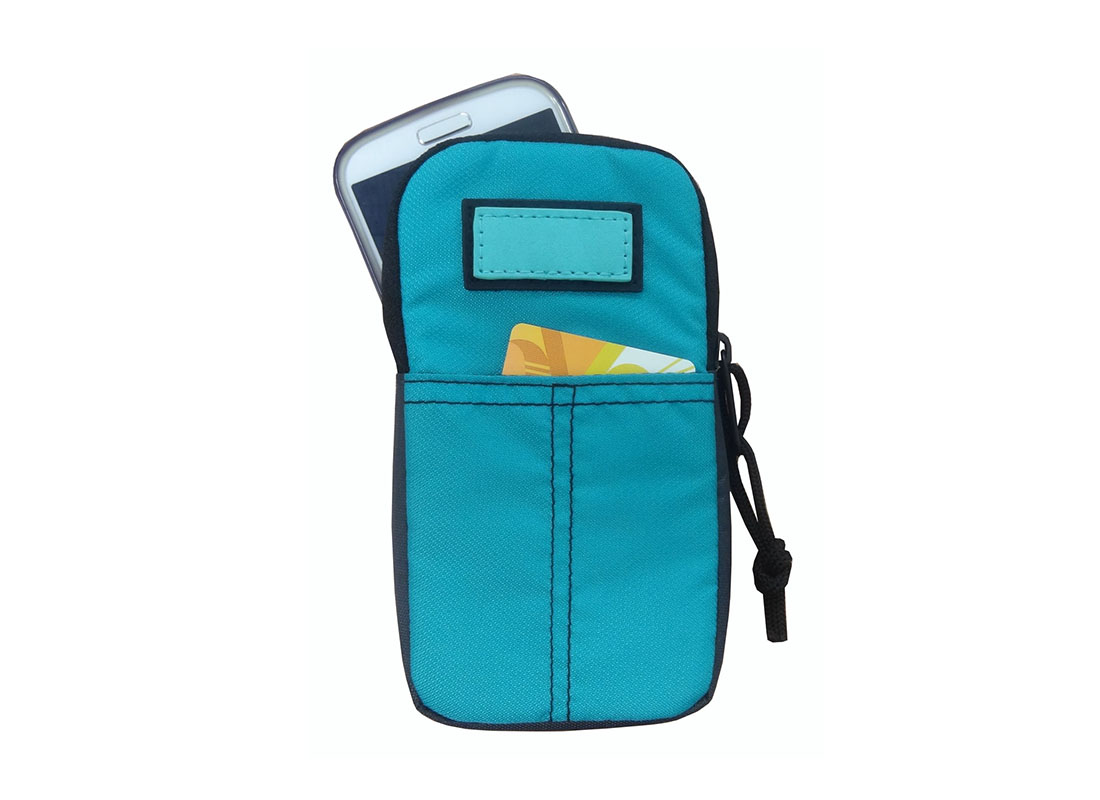 Cellphone pouch in blue