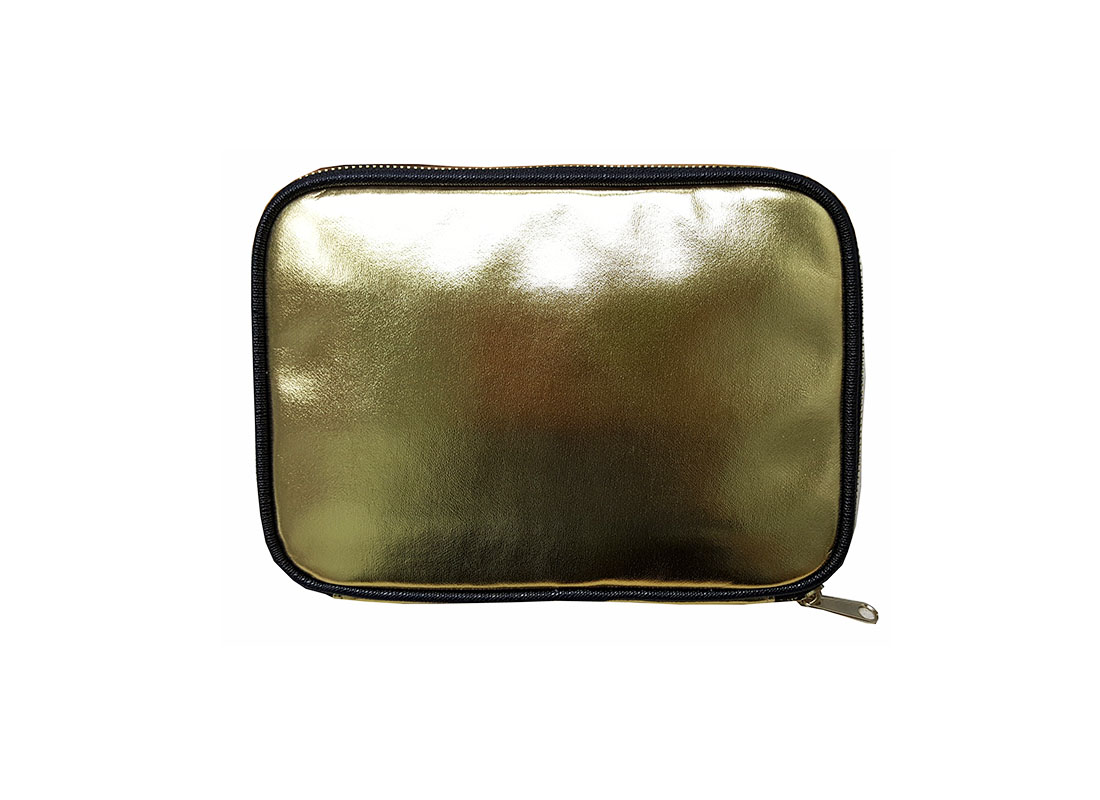 cosmetic pouch in Shiny gold