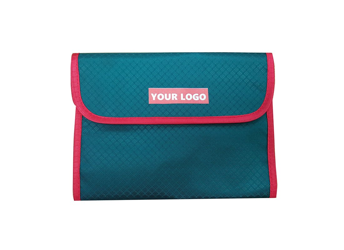 Toiletry Bag in Green