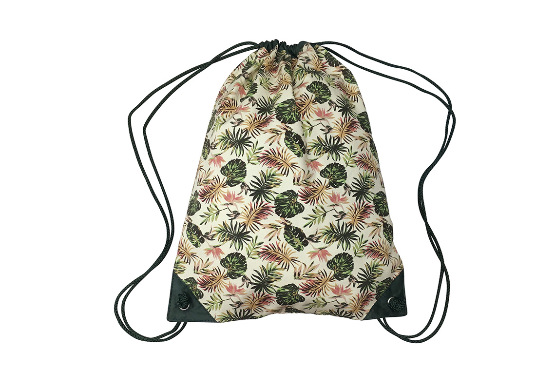 Drawstring bag with leaf print