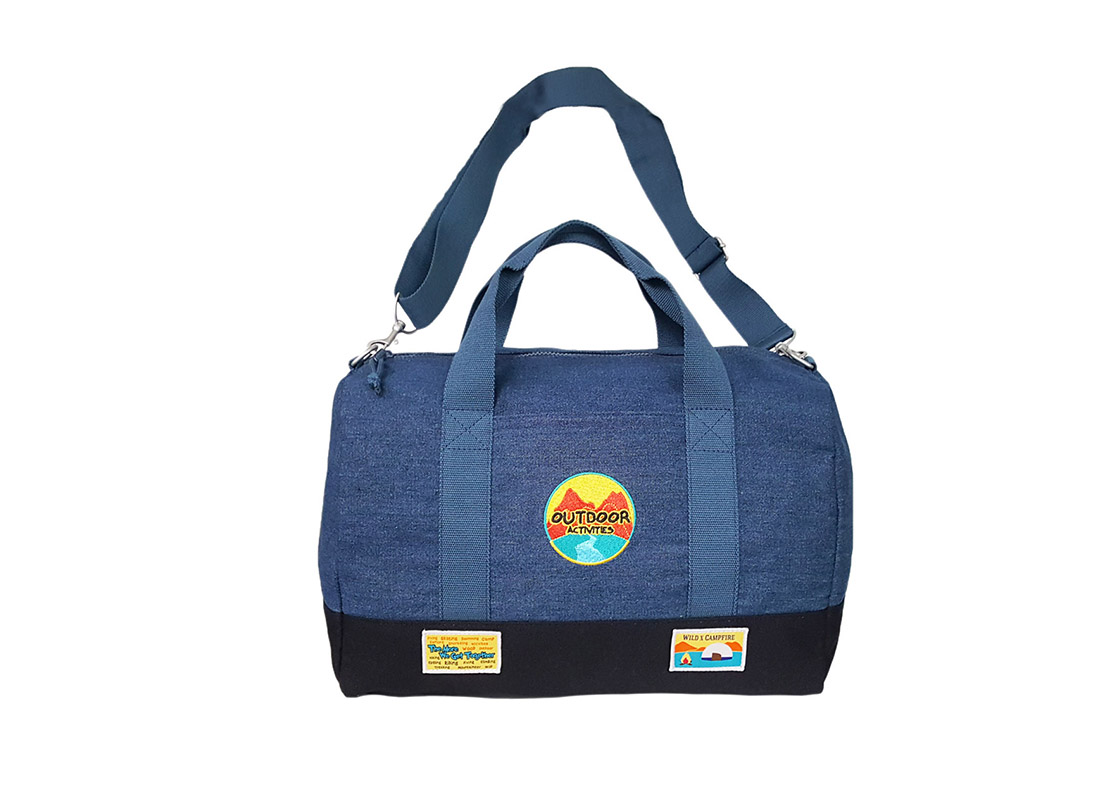 Outdoor duffel in blue & back