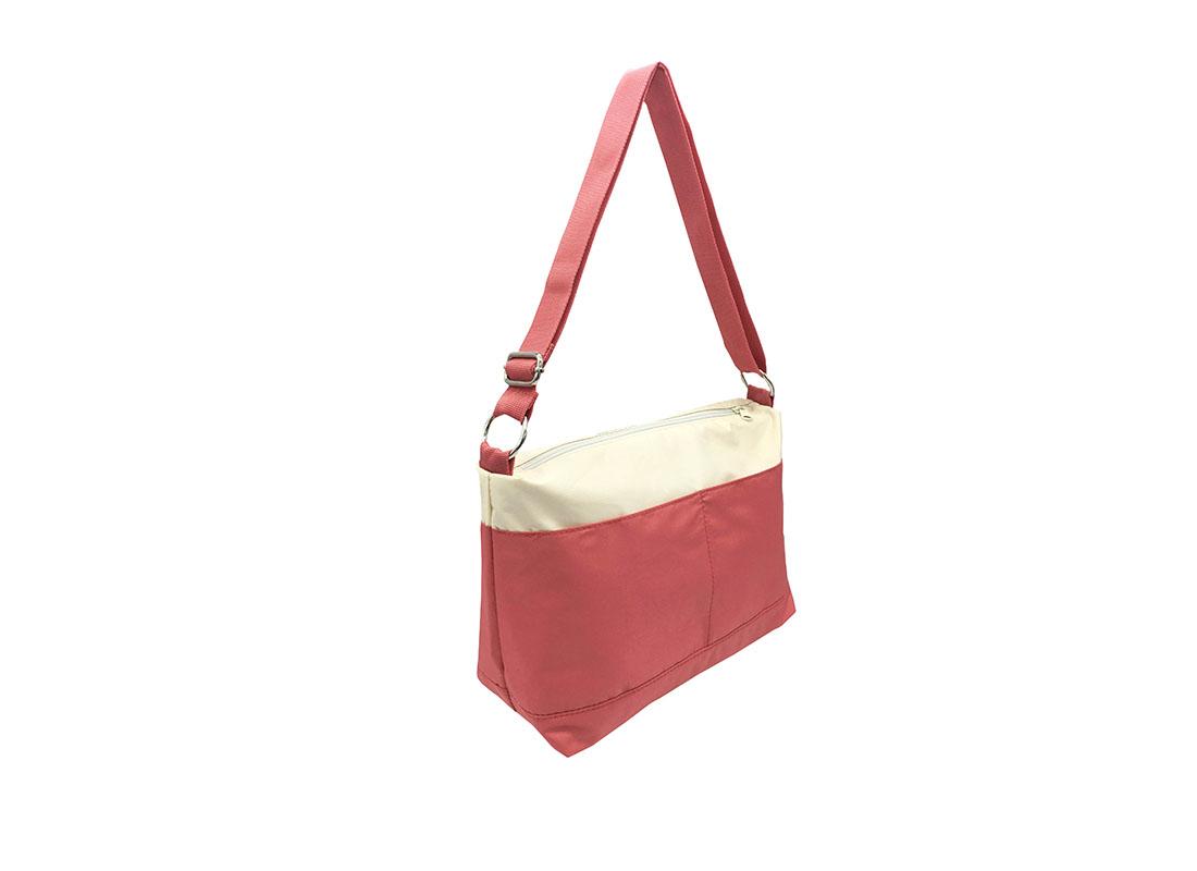 shoulder bag with a Hawaii flower print side back