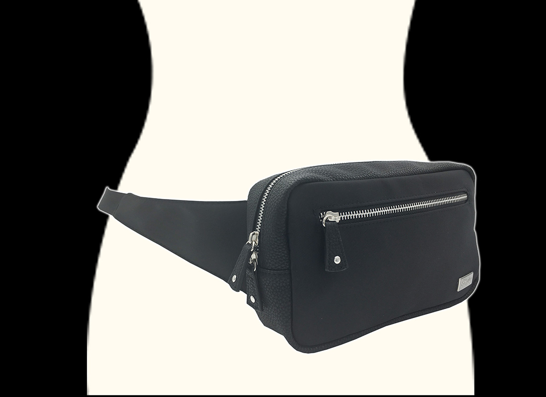 rectangle women waist bag in black model