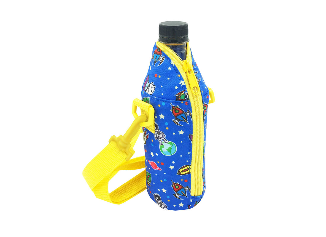 Children water bottle holder with spaceship print