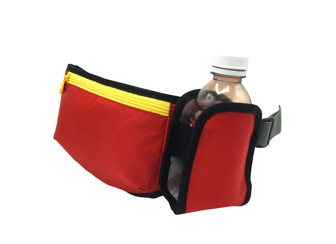 sporty waist bag with small water bottle in red side1