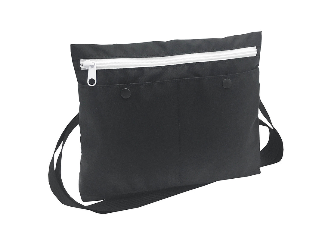 simple black shoulder bag L side