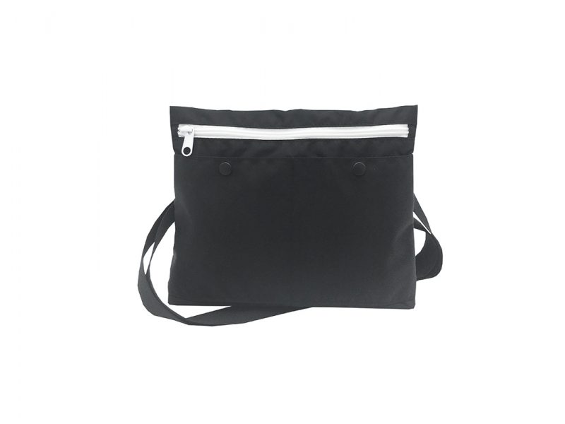 simple black shoulder bag front