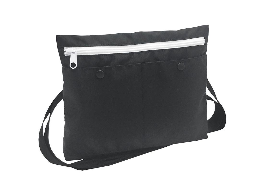 simple black shoulder bag L side